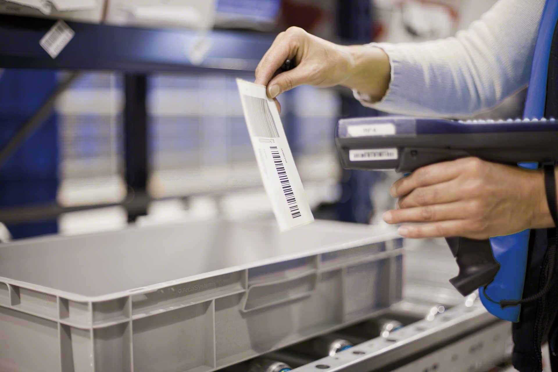 La traçabilité englobe l'ensemble des mesures d'enregistrement et d'identification d'un produit tout au long de la chaîne logistique