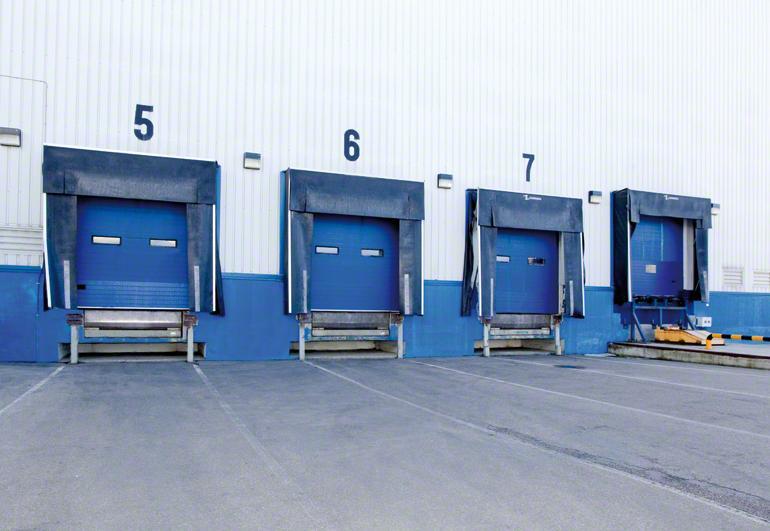 Distribution des quais de chargement d'un entrepôt.