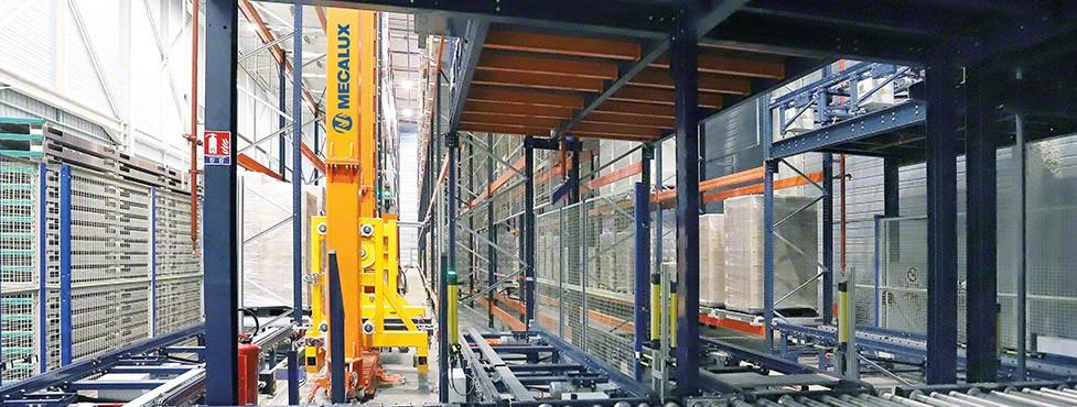 L'entrepôt automatisé de Steris destiné à la stérilisation des produits