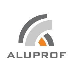 L'entrepôt de profilés en aluminium d'Aluprof, équipé de rayonnages cantilever et à palettes.