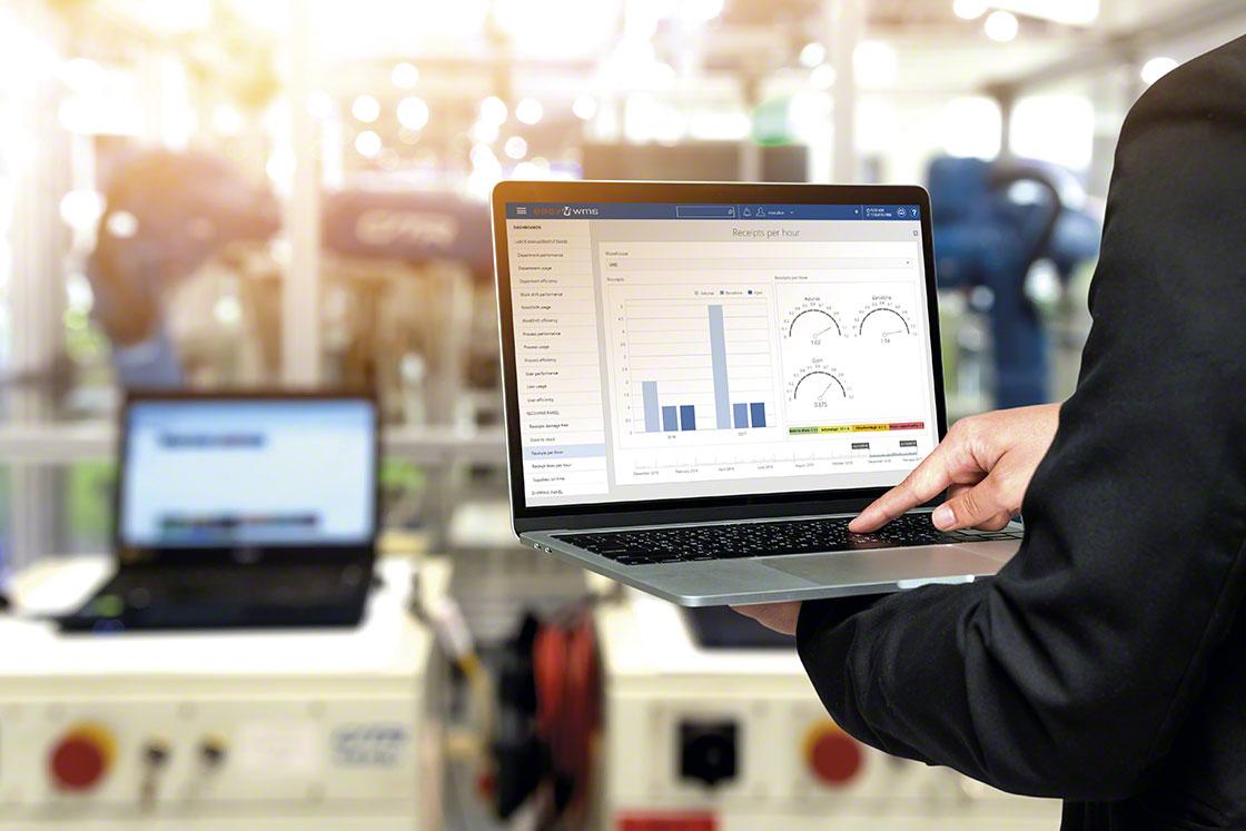 Le WMS garantit une productivité maximale dans une installation dark warehouse