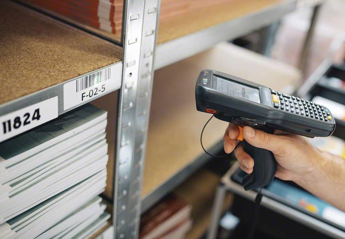 Le code-barres est le système de codification le plus répandu dans le secteur de la logistique en raison de sa facilité à identifier correctement les produits