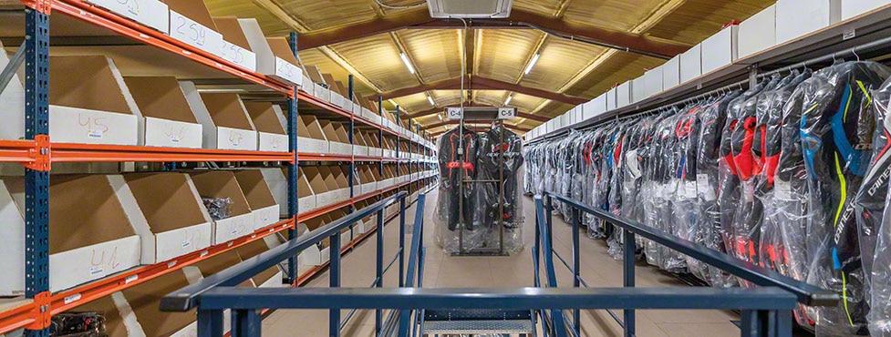 Efficacité de l'entrepôt omnicanal de Motocard à Solsona