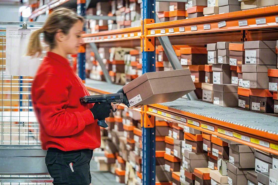 Les commandes différées libèrent de l'espace de stockage, optimisant ainsi le nombre d'emplacements disponibles dans l'entrepôt